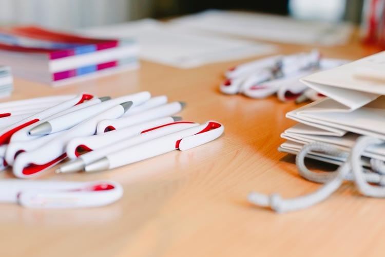 5 usos que puedes darle a tu imagen corporativa: merchandising